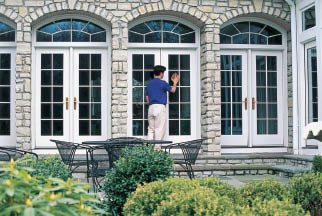 North Shore Windows and Gutters window cleaning in Deerfield, IL