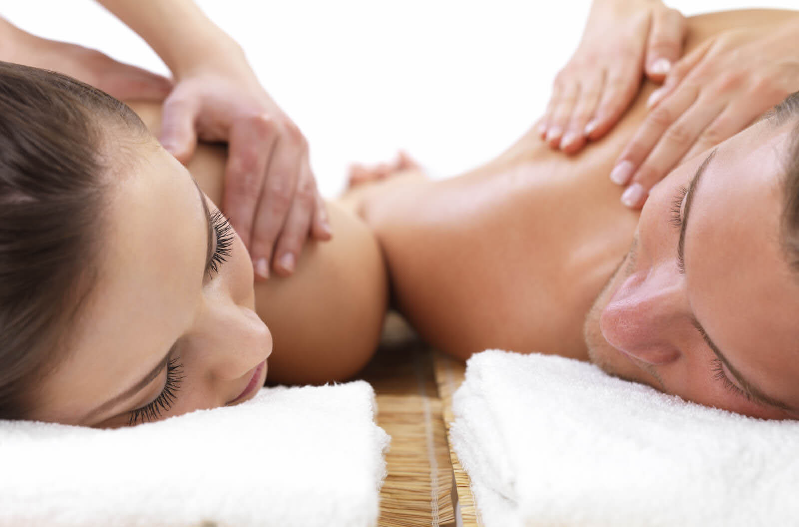 Couples Massage at Oasis Massage & Spa in Des Moines, WA and Normandy Park, WA - Couples Massage at 8 Spa in Kent, WA - massage near me