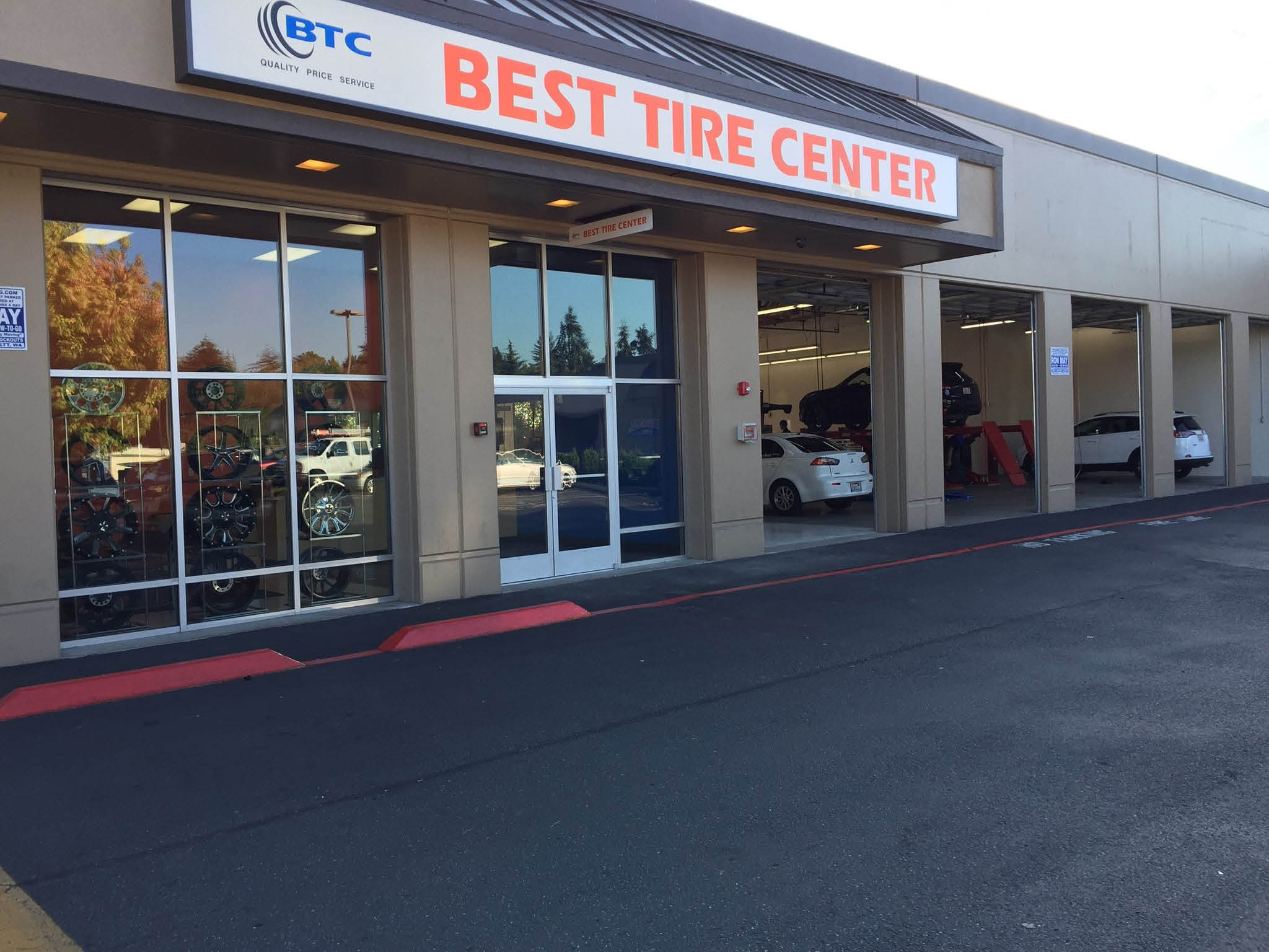 Tire stores in Everett, WA - Tire stores in Everett, WA - outside of Best Tire Center - exterior of Best Tire Center