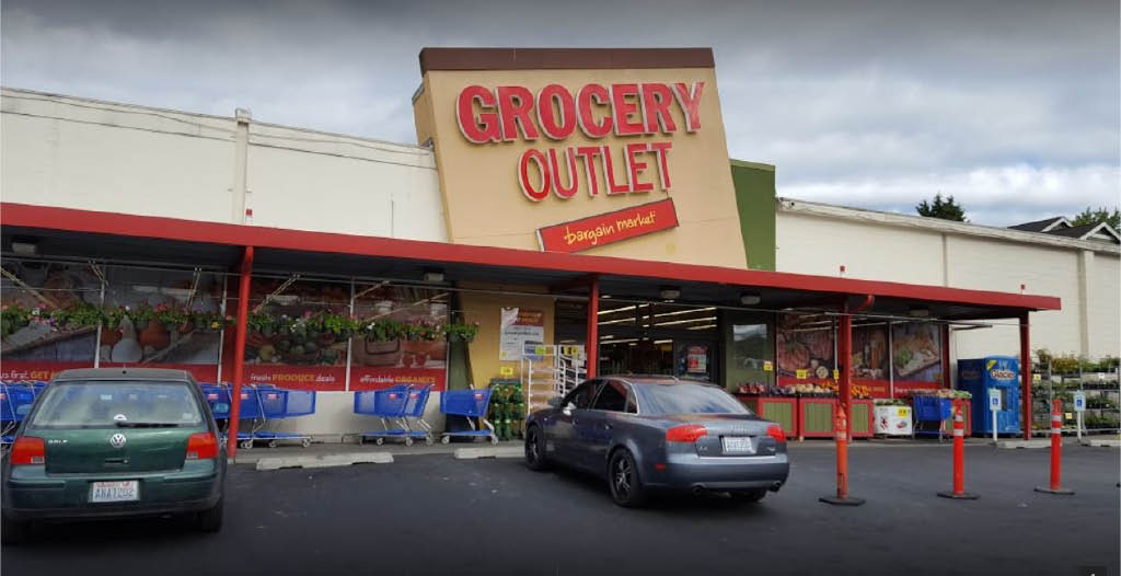 Outside the Madrona Grocery Outlet grocery store in Seattle, WA - Grocery Outlet coupons near me - grocery stores near me