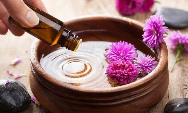 Aromatherapy can help boost your energy the natural way