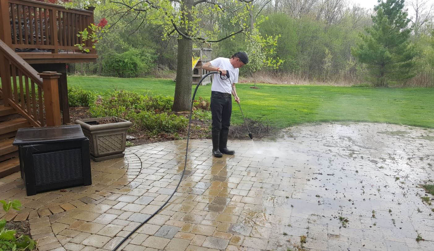 Picture of power wash done by Gary's Deck Cleaning in Livonia, MI