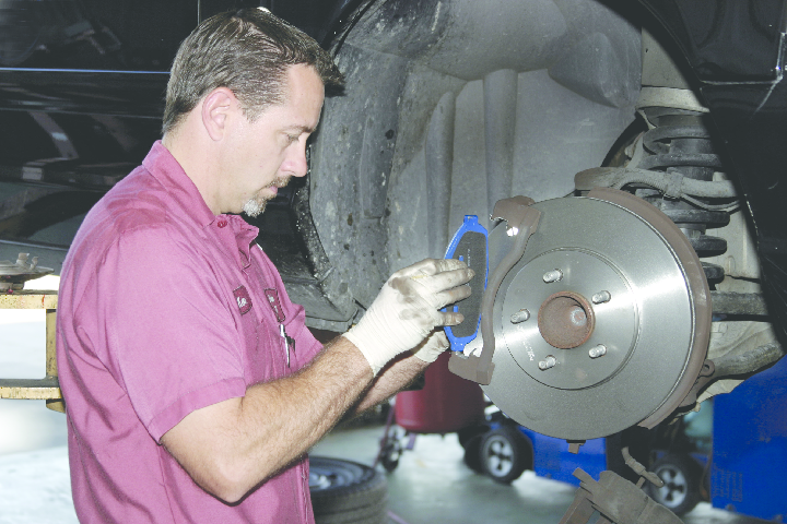 Expert and reliable vehicle brake services are what Castrol Premium Lube Express in Livermore, CA has to offer.