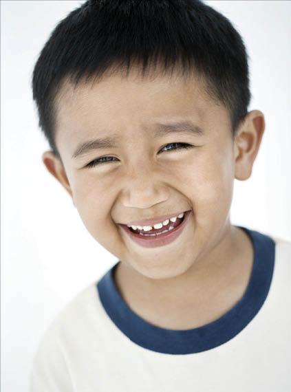 Pacifica Dental cleans kids teeth & teaches them how brush teeth