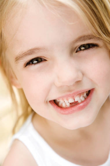 Pacifica Dental performs tooth extraction on baby tooth