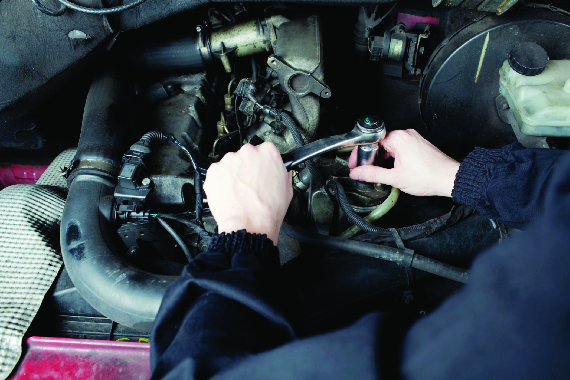 Hopson Automotive Repair garage near New Berlin, WI has Valpak coupons for Oil Change and filter replacement.