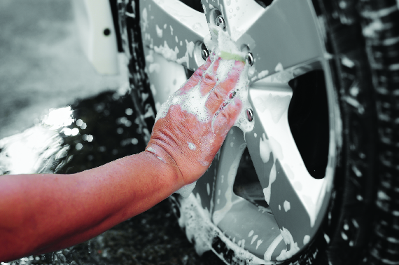 Ruddell Auto Mall wheel cleaning during the interior and exterior car detail