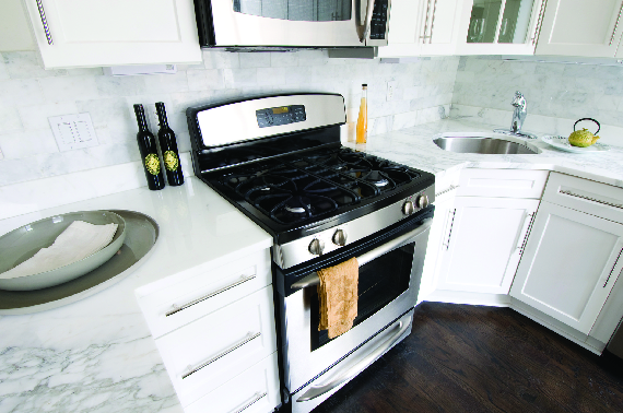 Granite, quartz & soapstone make a kitchen & bath project shine. Large & small projects look better with hard surfaces.