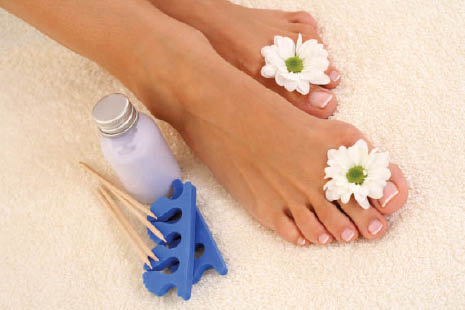pedicure get your toes did foot care nail care  clean nails clean spa