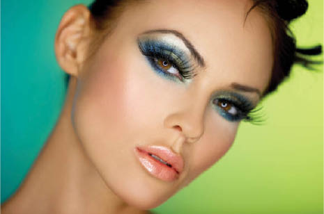 Eyelash extensions near Indio