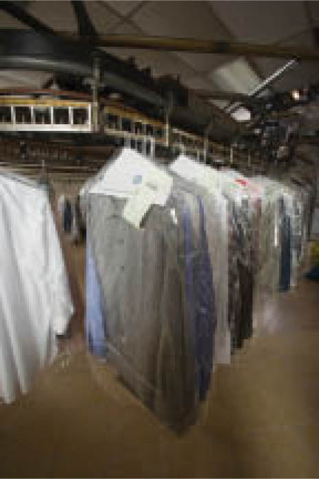 Shirt laundry and dry cleaning services in Los Angeles