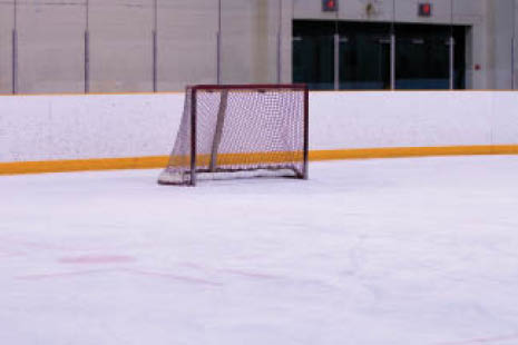 Score a goal in our youth hockey league and hockey lessons.