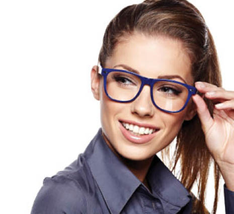 offers comprehensive eye care services and in-demand lenses and frames to Roscoe and the surrounding communities.