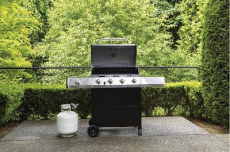 BBQ grills & propane tanks
