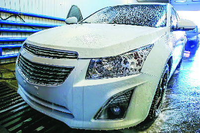 full service car wash at Main Guys Auto and Tire Repair