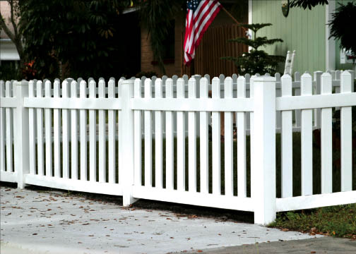 Get vinyl fencing in Cayce and Springdale, SC