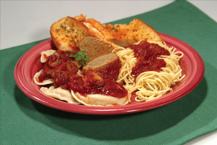 Spaghetti and Garlic Bread from Pepino's Italian pizza restaurant.