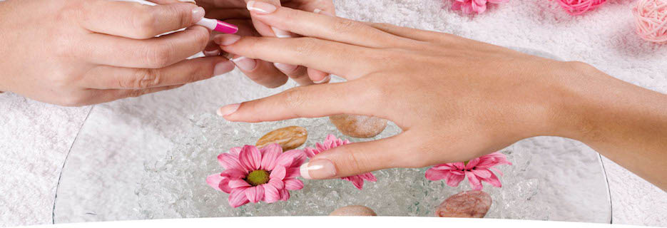 nail salons in kansas city, manicures kansas city, pedicures in kansas city, mani pedi kansas city