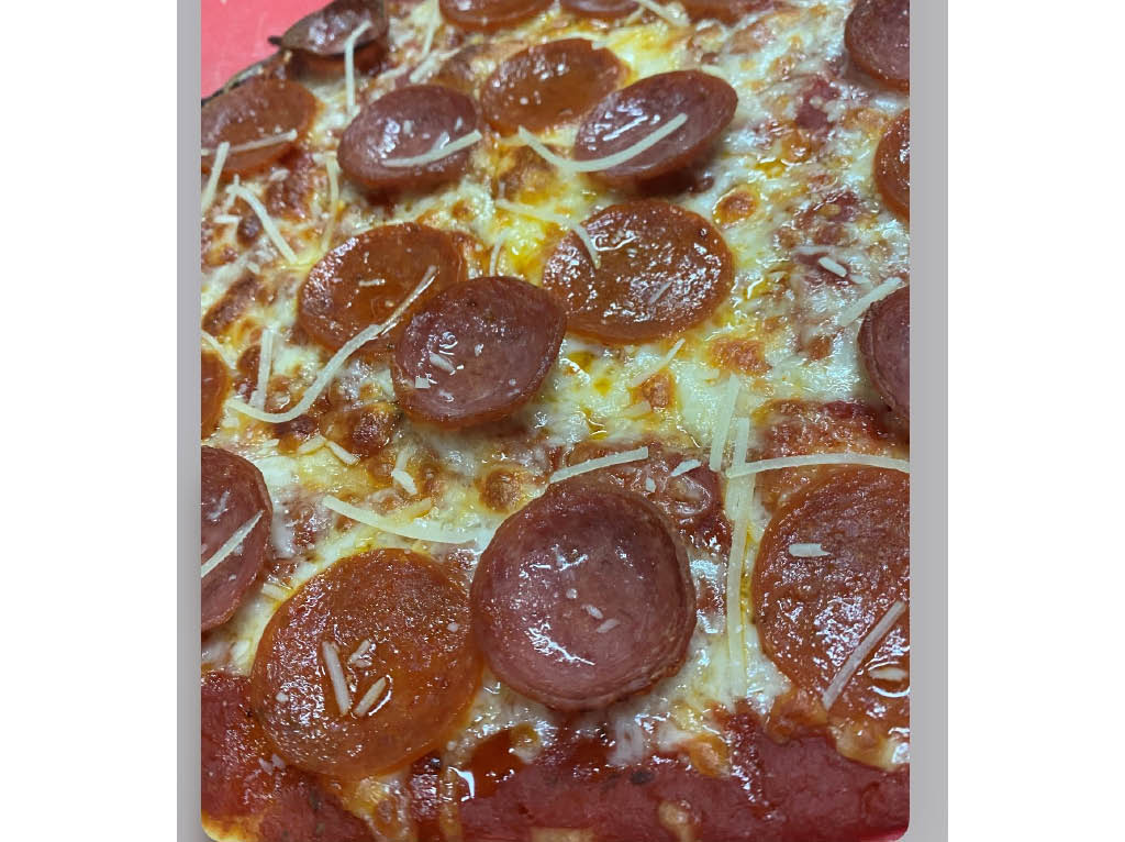 pepperoni pizza good guys pizza rochester ny