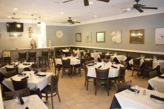 Dining Room at Pomodoro Italiano Pizzeria & Restaurant in Hamburg NJ