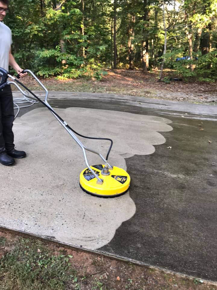 Pressure Washing, house washes, Roof washes, gutter cleaning, Deck Cleaning, Driveway cleaning, commercial cleaning, free quote