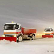 Allow the snowplowing professionals to take care of your driveway in Northbrook.