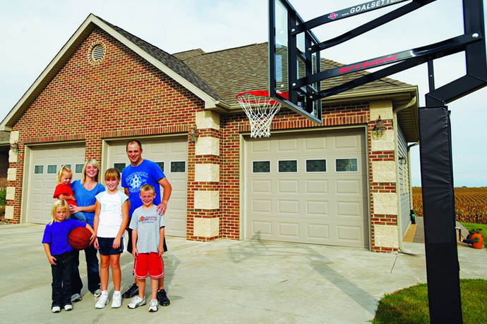 Goalsetter basketball hoops sold at Puget Sound Playgrounds in Fife, WA - Goalsetter the best in basketball - play basketball outside - we sell basketball hoops