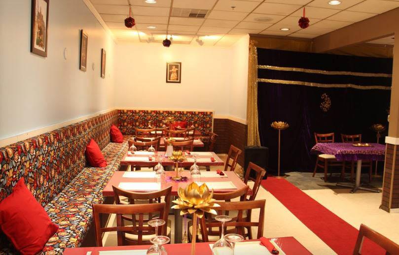 Welcome to Radhika's Kitchen, one of Naperville (Chicago West Suburb), Illinois) finest restaurant.