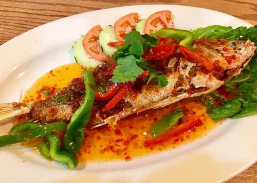 Red Snapper with Sweet Thai Chili Sauce