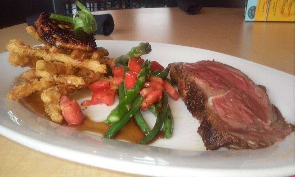 Picture of a dinner plate served at Reefpoint brew house, bar and restaurant in Racine WI.