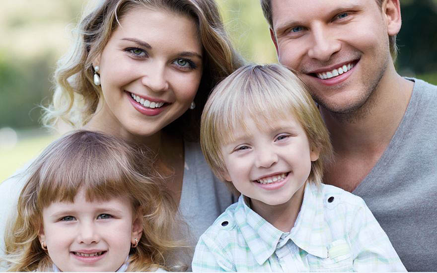 Dentistry for the entire family - dentistry for kids and adults - family dentistry - Reign Dental in Shoreline, Washington - Seattle dentists - Seattle, WA