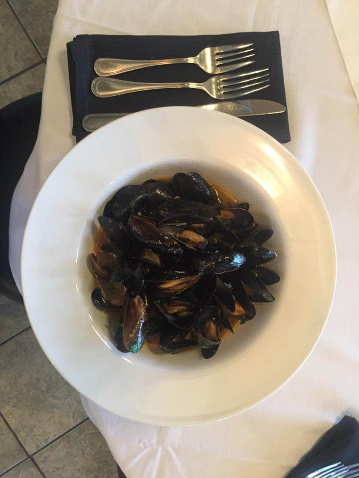 Decadent plate of mussels
