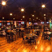 Restaurant & bar with a menu that includes pizza, build-your-own mac 'n' cheese & burgers.