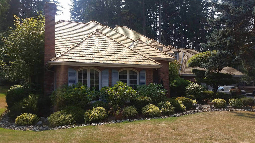 Wood shake roof installed by Riverside Roofing based in Bothell, Washington - roofing coupons near me - roofers near me - roofing contractors near me