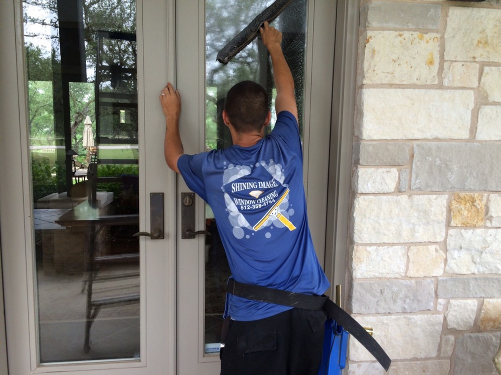 Shining Image professional cleaning windows
