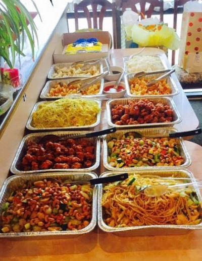 Large Chinese buffet served at Rose Garden Chinese Restaurant in Puyallup, Washington - South Hill neighborhood - Chinese food coupons near me - Chinese restaurant coupons near me