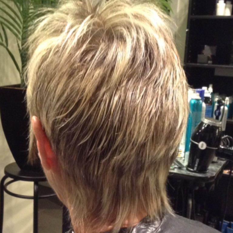 Salon 42 - full service hair salon in Seattle, WA - Seattle hair salons - hair services - haircuts - hair colors - hair extensions - Seattle hair salons near me
