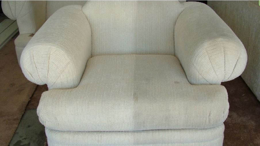 Sanchex Carpet Cleaning - upholstery cleaning - Lynnwood, Washingtion - sofa cleaning - love seat cleaning