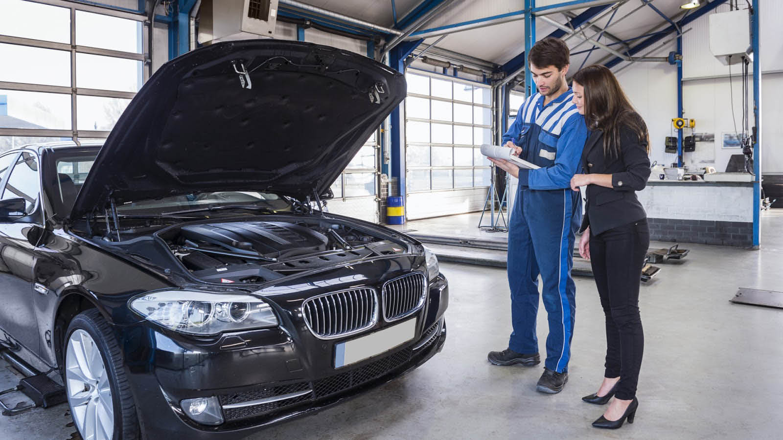 We provide excellent customer service and quality auto collision repair at Seattle Automotive in Seattle, WA