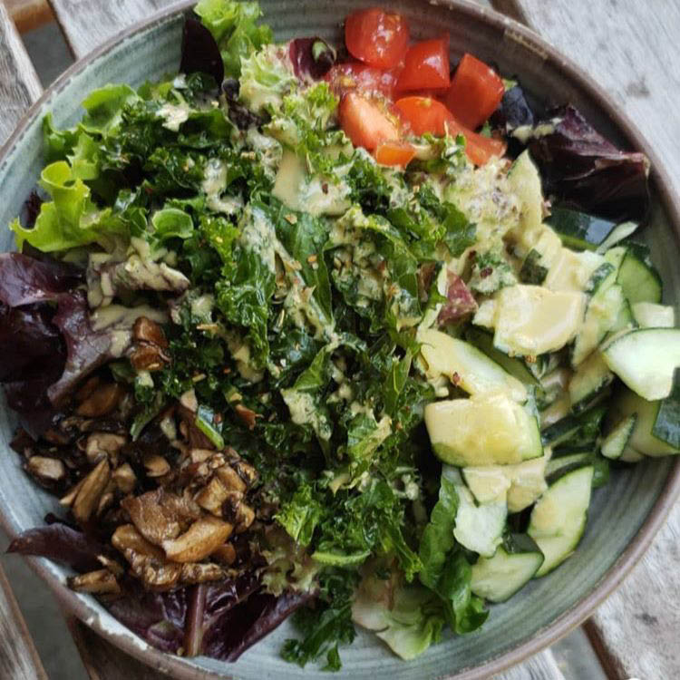 Fresh salads - organic foods - organic restaurants in Seattle, WA - HeartBeet Organic Superfoods Cafe in Seattle, WA - organic dining near me - healthy dining near me - dining coupons near me