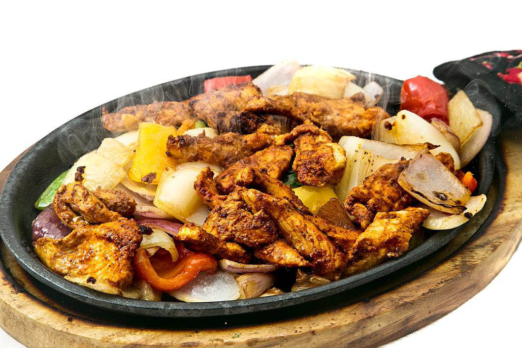 Sizzling fajitas - Plaza Garibaldi - Seattle Mexican restaurants - Mexican restaurants in Seattle, WA
