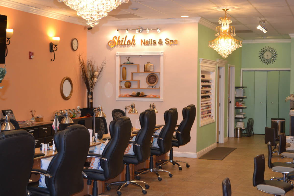 Nail Enhancements, Facial and Waxing Services including Brow Shaping near Fulton, CA