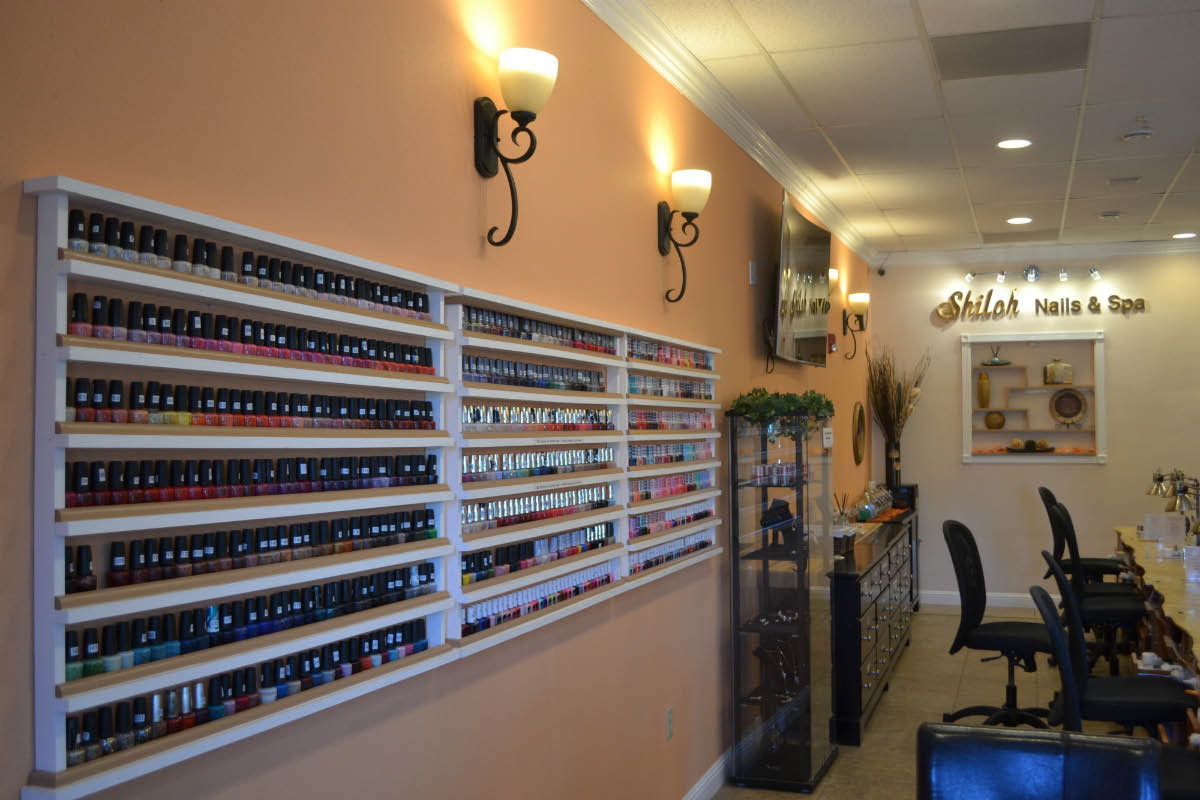 Modern Manicure & Pedicure Services at Shiloh Nails & Spa in Windsor, CA
