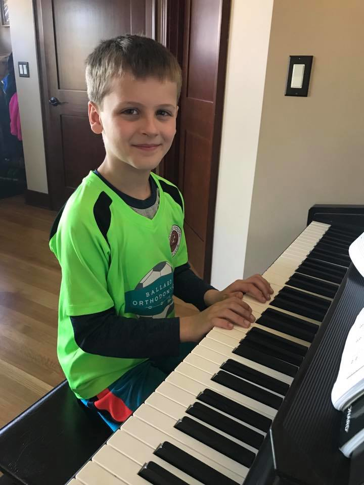 Piano lessons from Academy of Music & Dance in Seattle, Washington - Shoreline, WA - Edmonds, WA - Ballard, WA - Seattle piano lessons near me - piano lessons in Seattle, WA