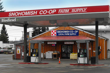 Snohomish Co-op - farm supply store - Monroe Co-op - farm supplies