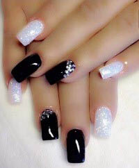 Sparkles Nail Bar and Spa Nail Photo