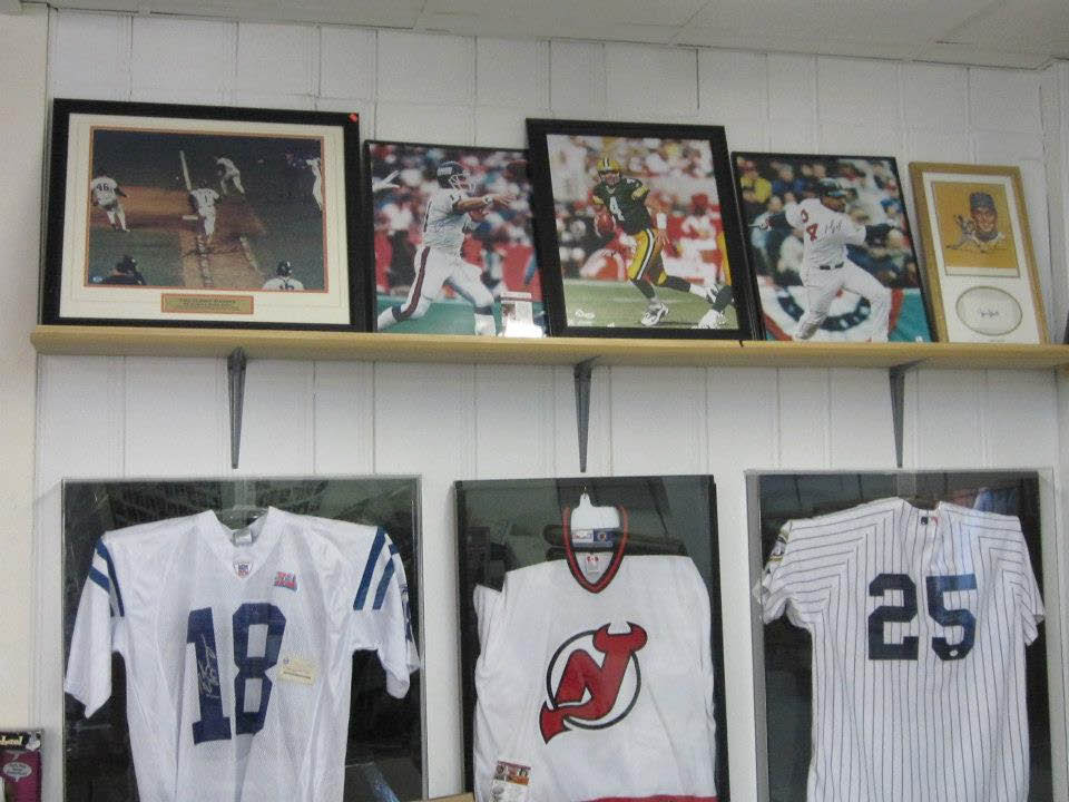 Jersey & photo autographs at Sports Page in Randolph NJ