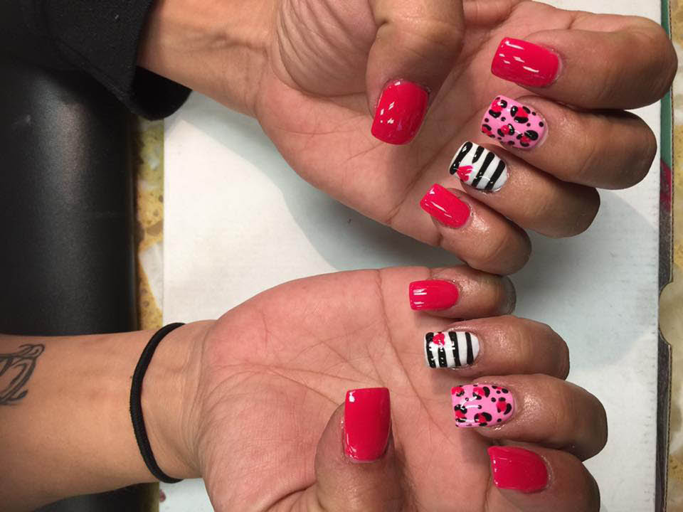 nail salons in blue springs, nail salon in blue springs, maincure and pedicure, full set blue springs, gel manicure blue springs, spa pedicure blue springs, white tip mani pedi blue springs