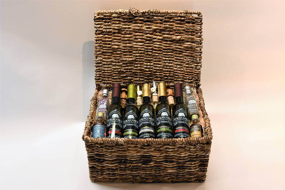 Stagecoach Olive Oil makes custom gift baskets featuring our freshest olive oils and vinegars, gourmet salts and spices, exquisite maple syrups and more. Call (203) 323-6046 to order yours today.