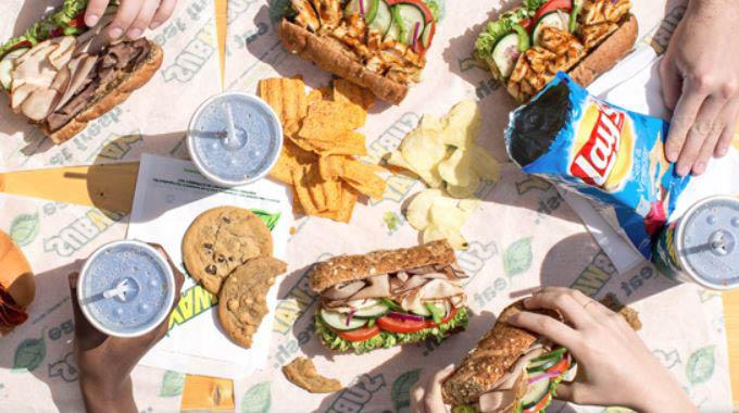 fresh, made to order, sandwich, snacks, desserts